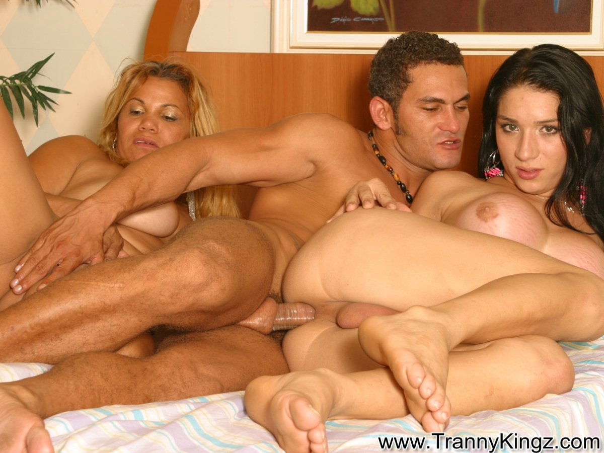 Секс с женомужчинами 2 фотография
