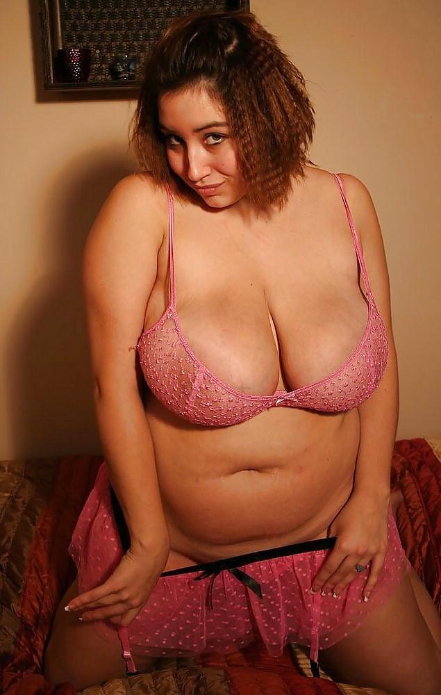 Ролики порно парни жарят сучку по полной связав ее парня
