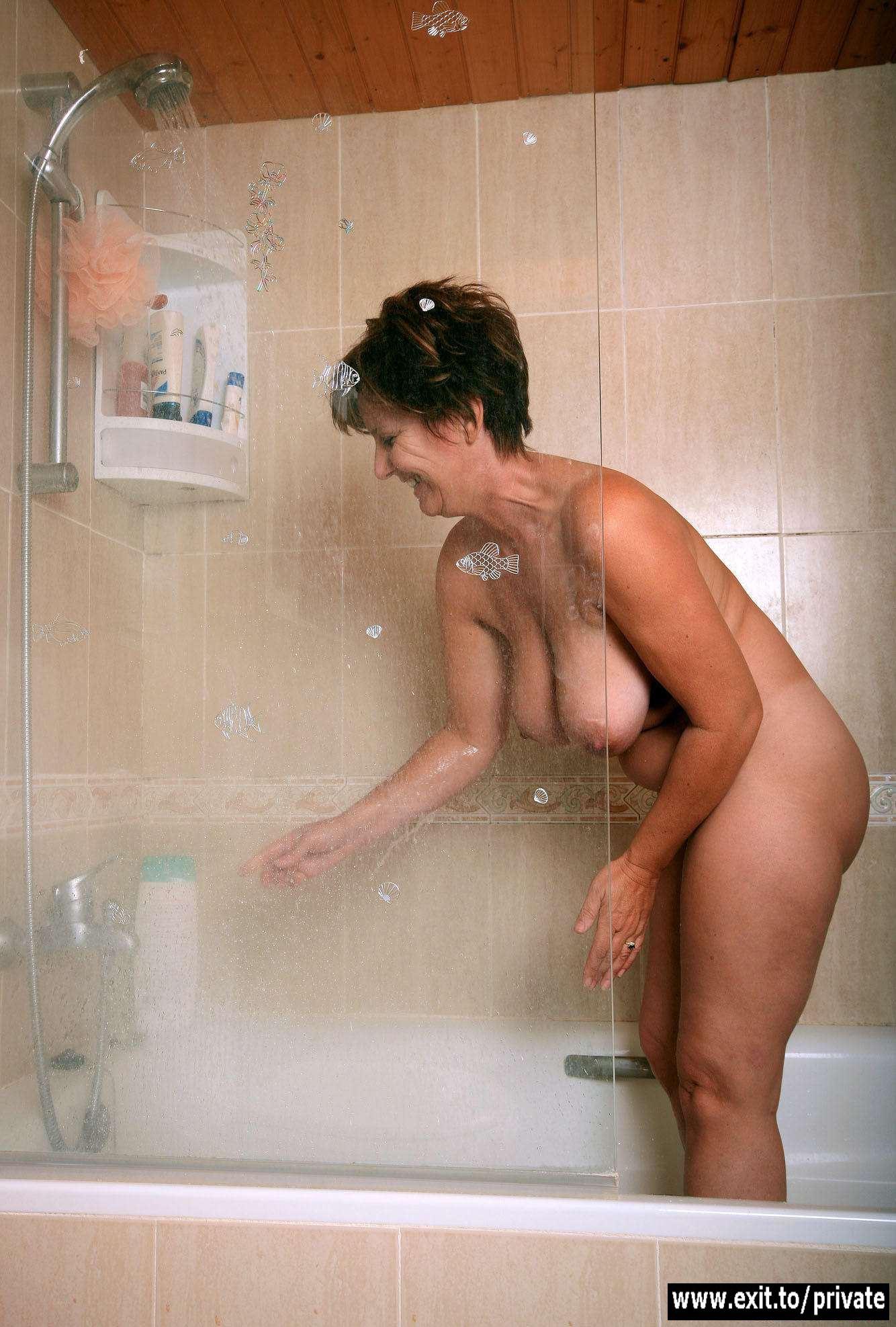 С тетушкой в бане 12 фотография
