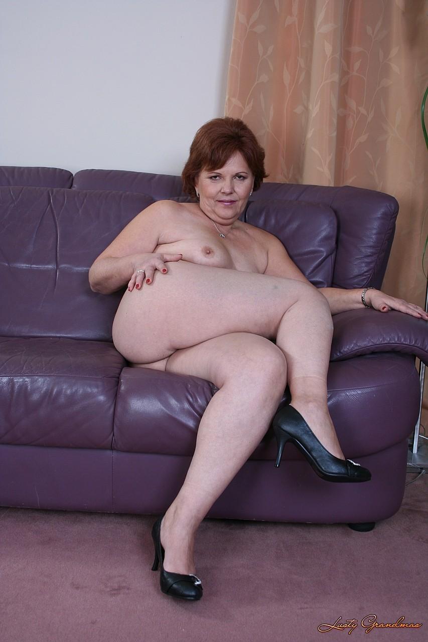Фото голых сочных бабушек 5 фотография