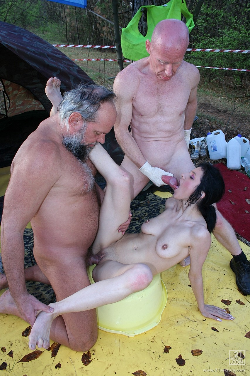 porno-kartinki-starikov