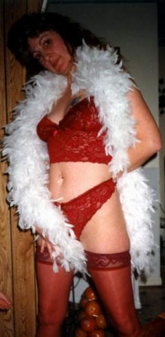 red lingerie - N