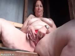 dirty-mature-slut-gets-horny-finger-part1