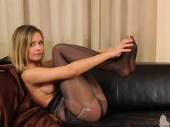 black-pantyhose-and-ultra-neat-lingerie