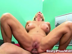 granny-blows-and-gets-anal-sex
