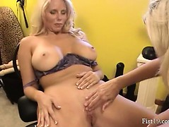both-hands-in-their-spread-pussy