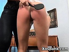 kinky-erotic-milf-in-vibrant-fetish-spanking-games