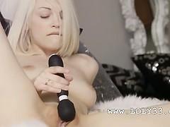 blond-angel-and-art-of-masturbation