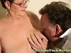 doc-examines-horny-granny