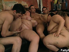 group-sex-with-chubby-chicks