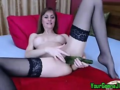 amateur-cam-girl-plays-solo-with-a