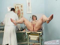 mature-ruzena-gyno-fetish-clinic-doctor-visit