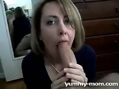 hot-amateur-milf-sucking-it-dry