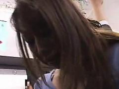 schoolgirl-groped-by-stranger-in-a-train