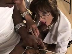 lady-sonia-cummed-on-by-black-guy