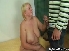 she-catches-her-man-and-mom-fucking-together
