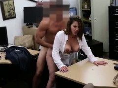cutie-babe-getting-her-pussy-fucked-by-a-big-dick