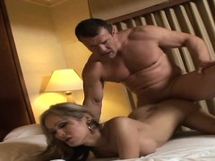 cock-riding-stunning-shemale-hoe
