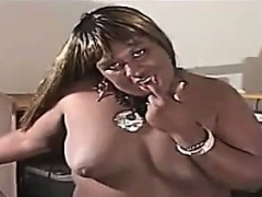 fat-black-amateur-shemale