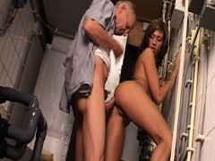 woman babe fuck an old guy well
