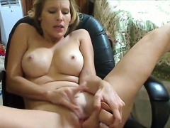 busty-milf-masturbates-with-dildo