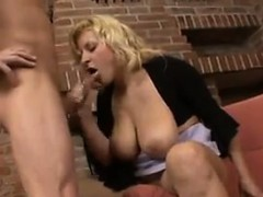 blonde-girl-with-big-breasts