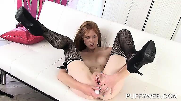 Миниатюрные соло порно