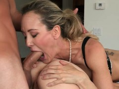 love-is-in-the-bare-with-brandi-love-and-taylor-whyte