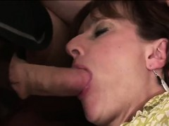 lady-sonia-gets-mouth-fucked