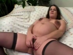 pregnant-housewife-cums-while-fingering