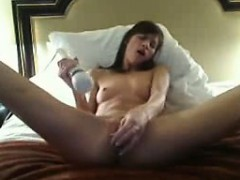 sexy-milf-babe-fucks-her-creamy-pussy-until-she-squirts-3
