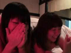 pissing-japanese-lesbian
