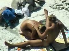 voyeuring-horny-nudists-on-public-beach