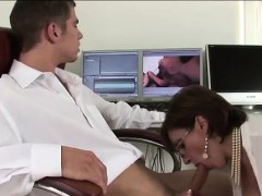 lady-sonia-gives-handjob-and-blowjob