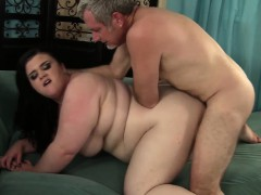 plumper-holly-jayde-gets-fucked-from-behind
