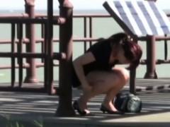 japanese-sluts-urinate