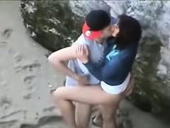 voyeuring-my-horny-friends-on-a-beach