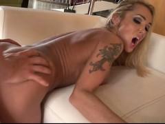 hot-girl-cocksuck