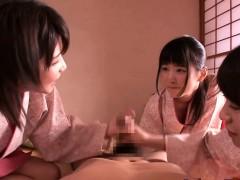 petite-femdom-japanese-kimono-babes-jump-on-dude