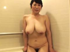 blowing-mature-asian-slut