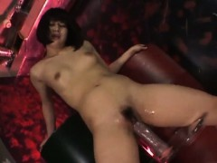 arisa-yamano-gets-busy-with-her-wet-pussy