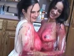real-messy-amateur-food-fetish-girls