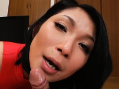 asian-beauty-wearing-pantyhose-sucks-cock