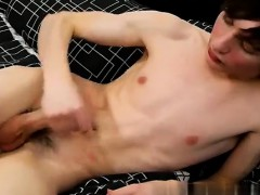 sexy-men-jesse-andrews-is-only-18-years-old-and-hasn-t-been-