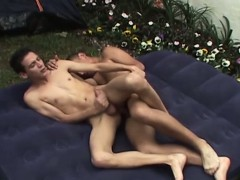 latino-twink-outdoors-bareback-fucking-after-bj
