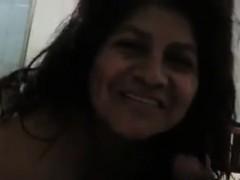 Mature Latina Sucks On A Cock And Fucking