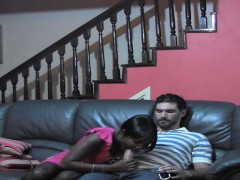 ebony-gf-knows-hot-to-please-a-guy