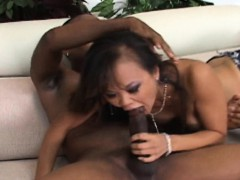 Hot fuck for the Thai slut from a big black hunk www.layardewasa.com