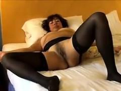 mature-slut-wearing-black-stockings