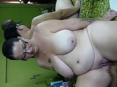 bbw-getting-fingered-and-then-squirting